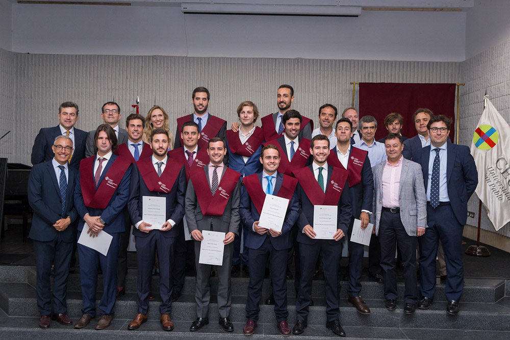 Graduación CEU IAM Business School