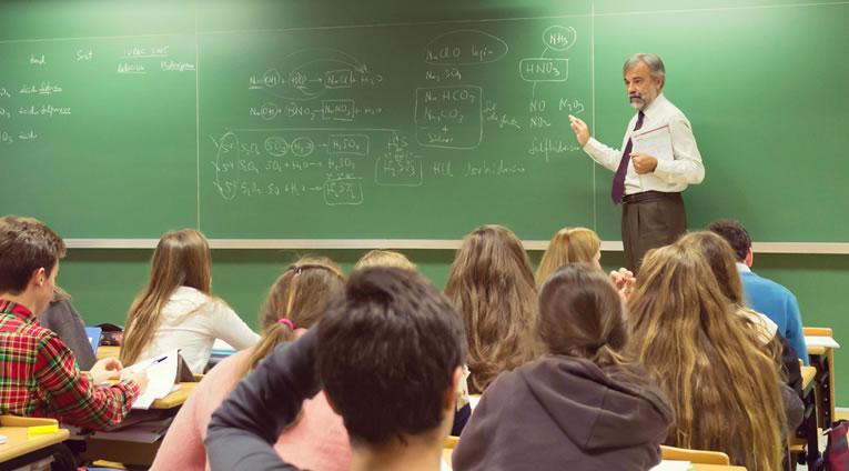 Colegios CEU